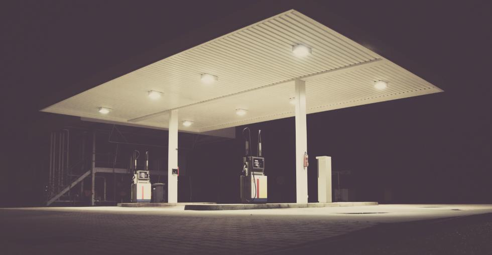 Franchise or independent? Pros and cons for the potential gas station buyer